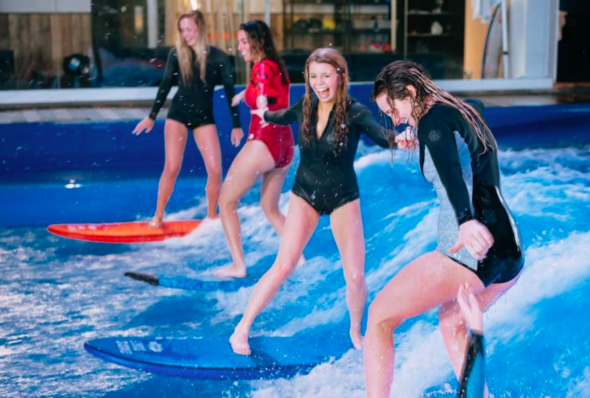 Girls Party Wave on SurfStream at Oasis Surf | Surf Park Central